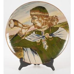 """Keramikas šķīvis """"Tālavas taurētājs"""""""