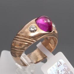 Zelta gredzens ar briljantiem  un sintētisko rubīnu