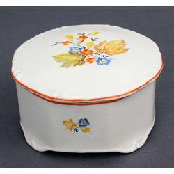 Dekoratīvs porcelāna trauks ar vāku