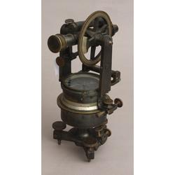 Teodolīts-kompass