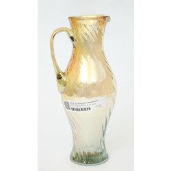 Krāsainā stikla sulas krūka