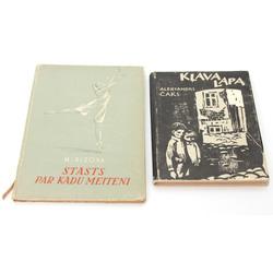 2 grāmatas