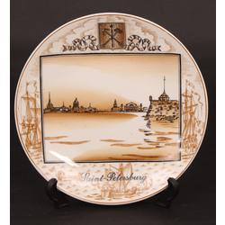 Dekoratīvs porcelāna šķivis