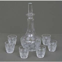 Stikla karafe ar glāzītēm (6 gab.)