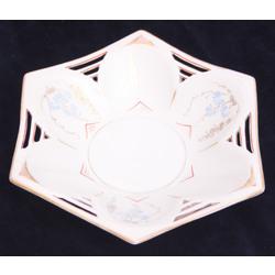Kuzņecova porcelāna šķīvis