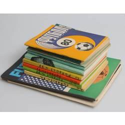 Dažādu grāmatu kolekcija