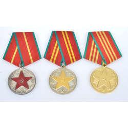 3 PSRS apbalvojumi par 10, 15, 20 gadu nevainojamu dienestu