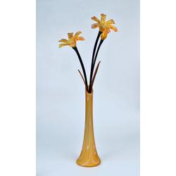 Stikla vāze ar dekoratīviem stikla ziediem