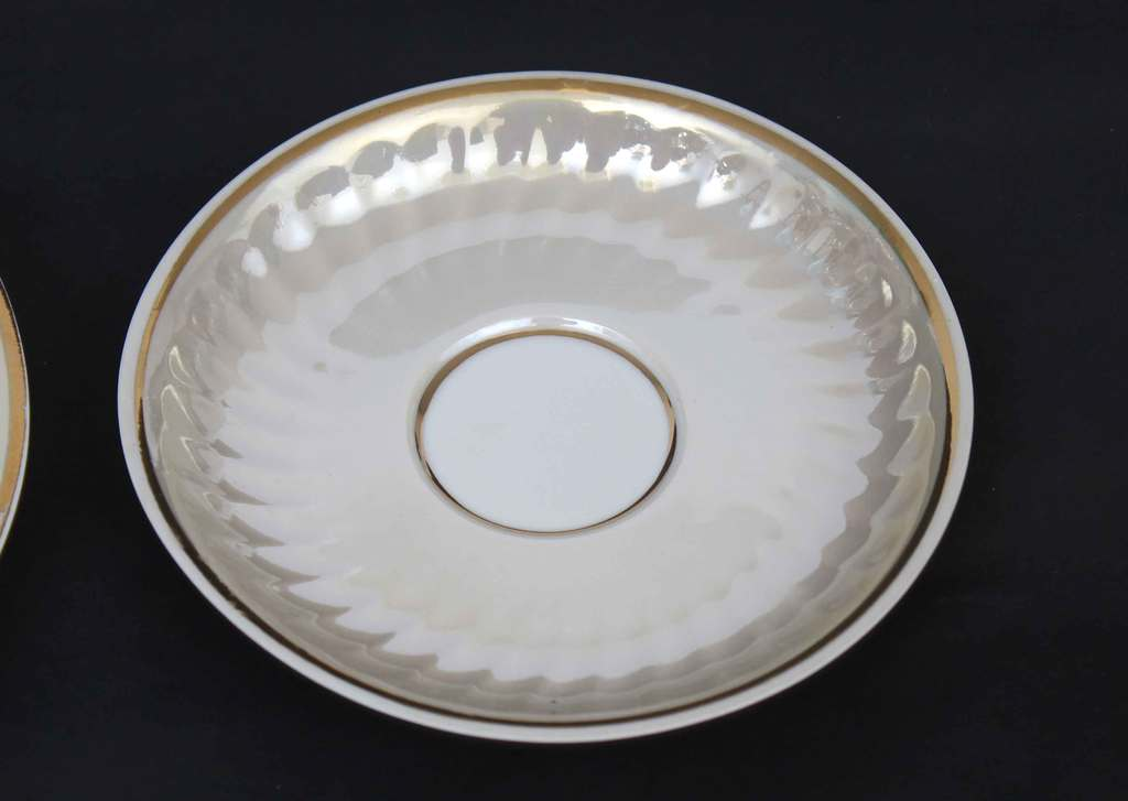 Porcelāna servīze 6 personām (nepilna)