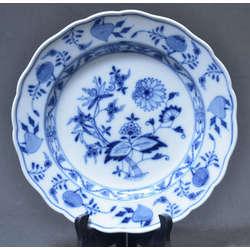 Apgleznots porcelāna šķīvis